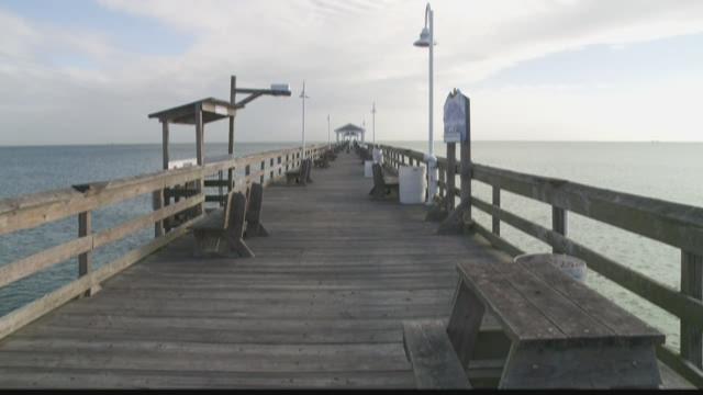 Spring break at the ocean view fishing pier for Ocean view fishing pier